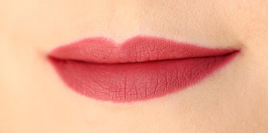 icon-huda-beauty-lip-contour
