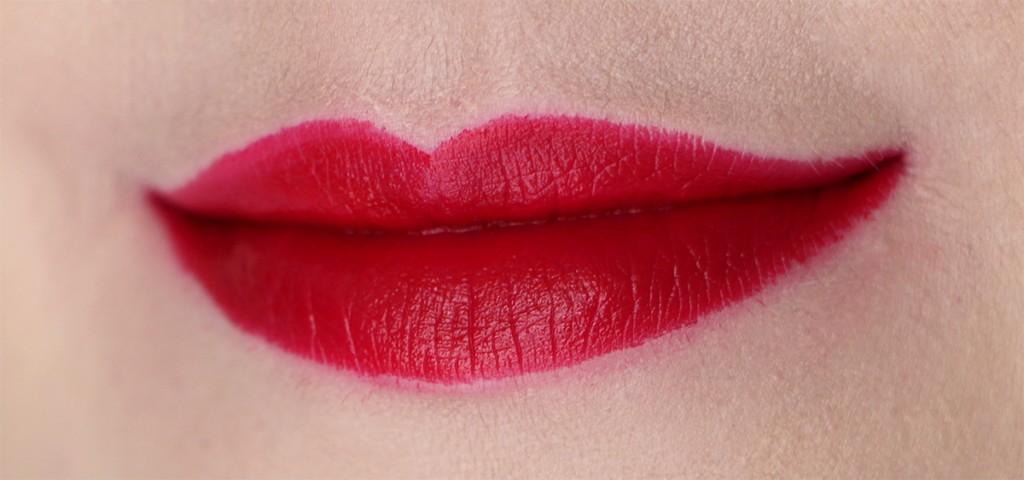 lifes-blood-mac-cosmetics-liptensity