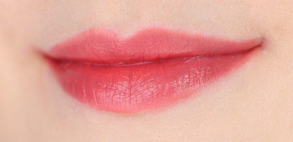 nyx-plush-lipstick-coral-mist-brume-corail