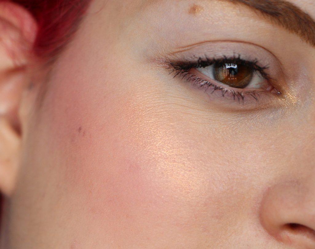 extra dimension skin finish beaming blush mac