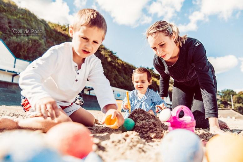 Un Œil sur votre famille – Charlotte, Teddy, Nino et Milla