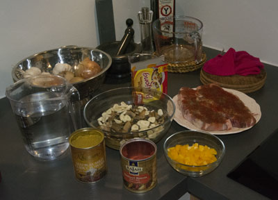 En del forberedelser gjøres dagen før - hele middagen kan lages på forhånd.