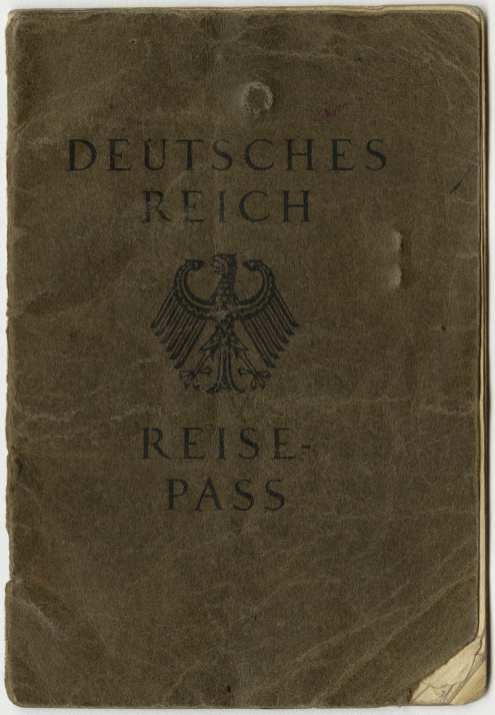 Front cover of Loewenstein's Reisepass