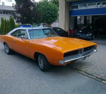 Car (4)