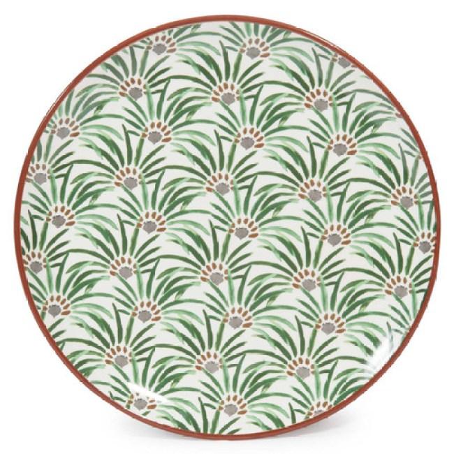 Decora tu mesa con vajilla decorada o con blanca