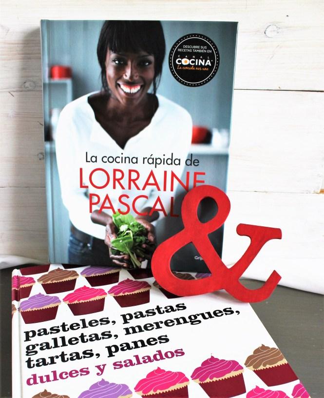 libros de cocina y repostería en Loft & Table