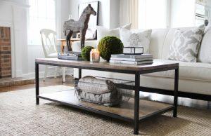 Puedes decorar tu mesa con toques naturales o rusticos