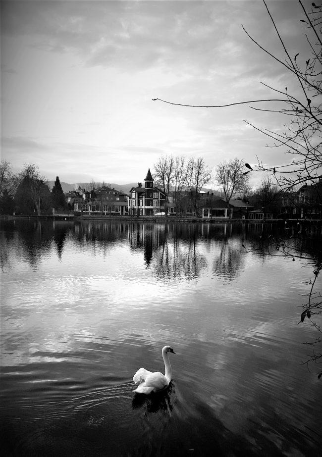 Una villa junto al estanque de la Cerdaña