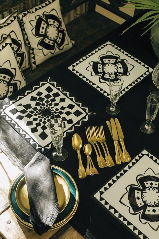 mesa-91 Mesa con detalles étnicos Lo de Manuela