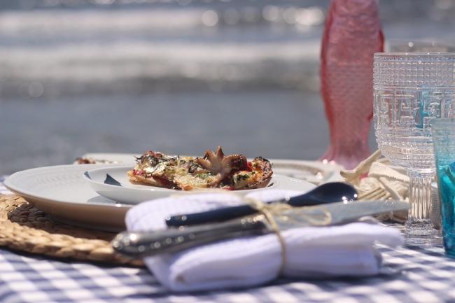 Unas tapas de sardinas y pulpitos