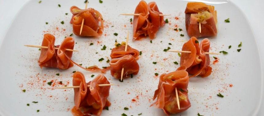 Bouchées de prosciutto farcies aux champignons