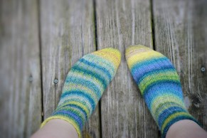 All the yarn is handspun by me! I knitted these socks with a thick, cozy ribbing all the way up the leg.