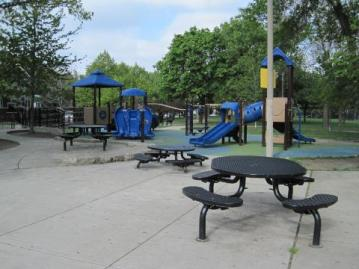 Roundup: Logan Square Playgrounds