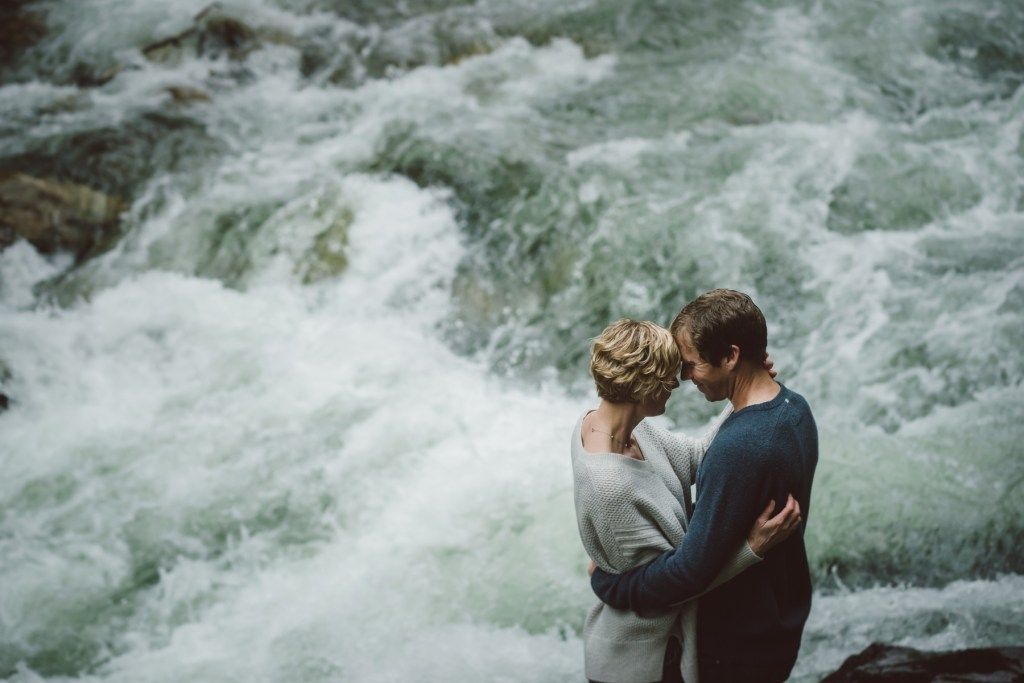 whistler-wedding-photography-creek-engagement_LS