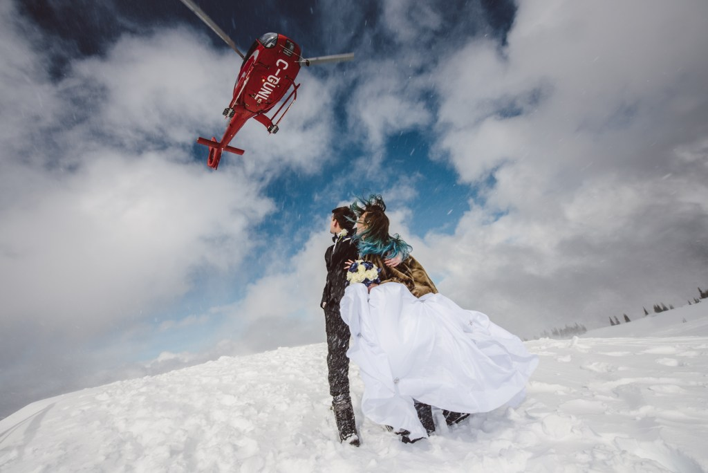 whistler-wedding-photography-heli-fly_LS