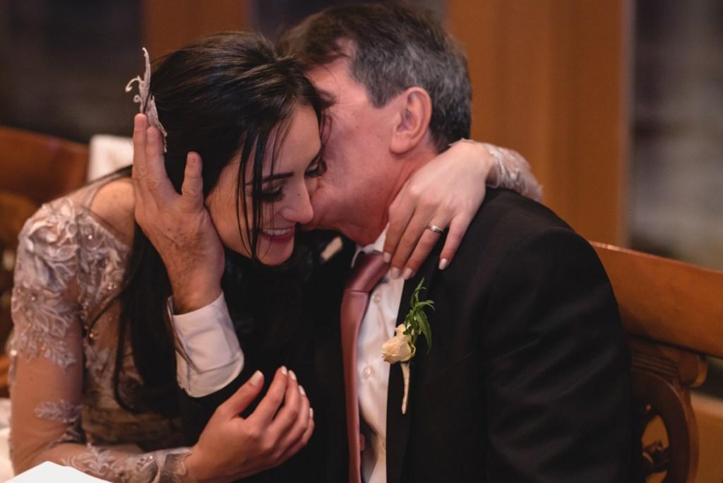 whistler-winter-wedding-fairmont-reception-kiss