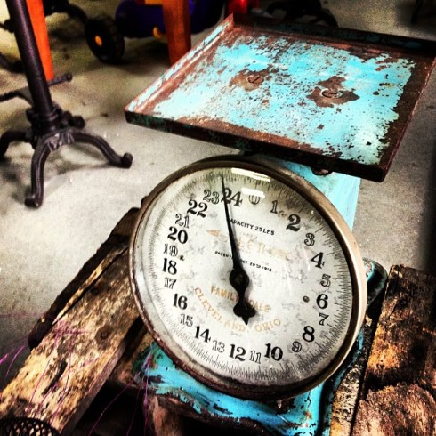 Antique_Kitchen_scale__Finally_found_one_for_the_right_price_