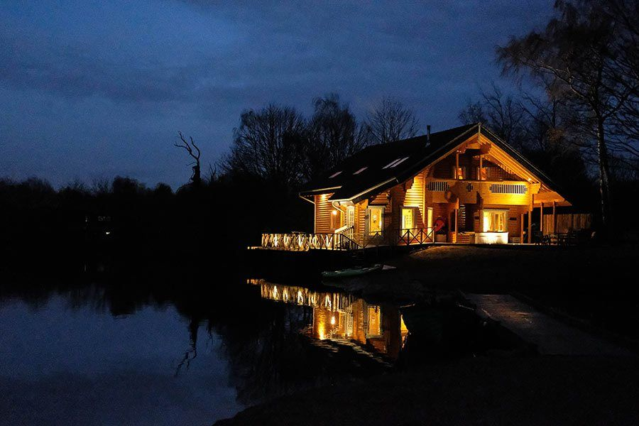 8-person-log-cabin-holiday
