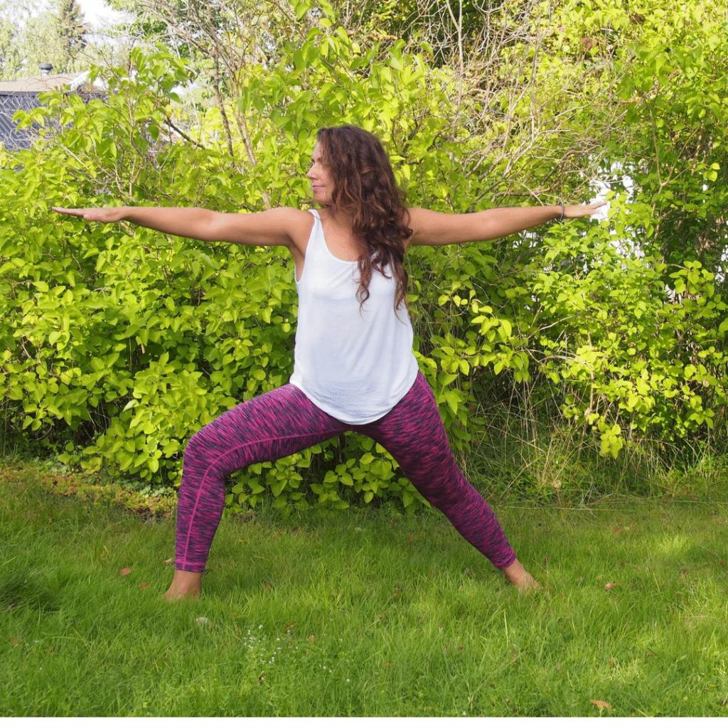 warrior II, vinyasa yoga, online live vinyasa