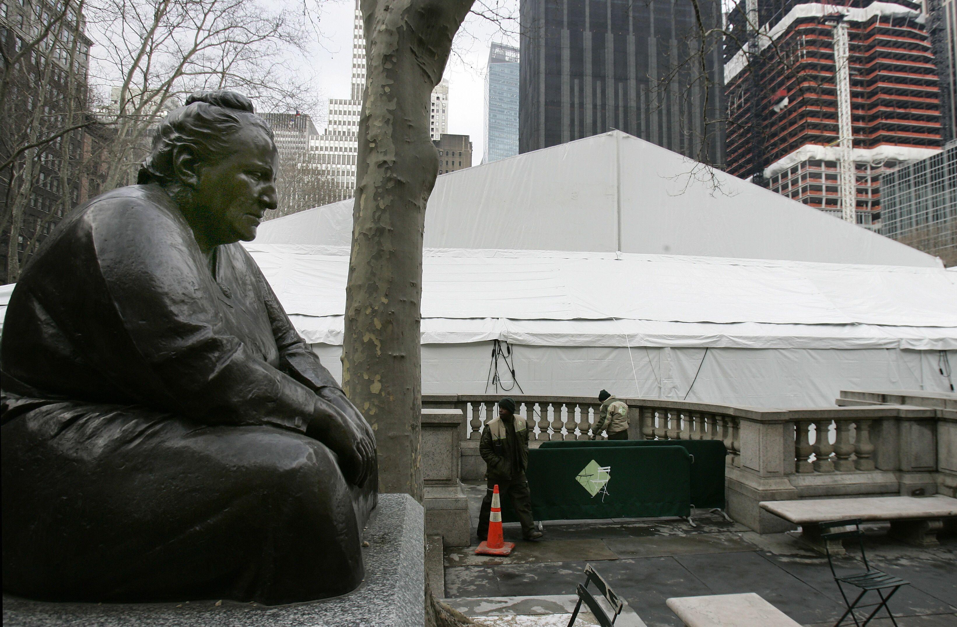 Gertrude Stein statue