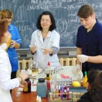 Bio-chimist la Ghibu? Sfatul profesorului