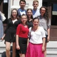 "BIHON: Premii pentru Ghibu la Olimpiada ""Tinerii Dezbat"""