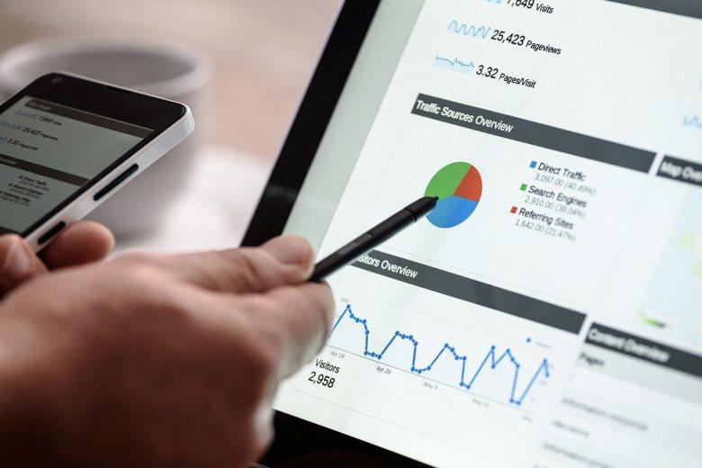 come-fare-una-campagna-di-social-media-marketing-con-un-budget-ridotto-logositalia