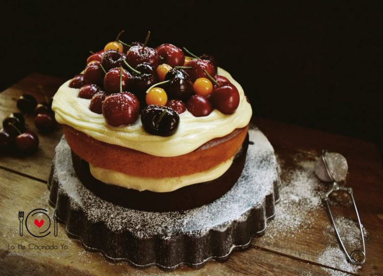 Layer Cake de Chocolate y Cerezas