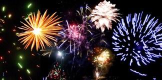 fête du 14 juillet feu d'artifice en val de loire