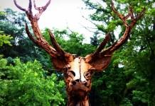 Cerf de Christian Hirlay (détail) - ANIMAL - Exposition de sculpture animalière monumentale - ANIMAL - Exposition de sculpture animalière monumentale contemporaine à Briare contemporaine à Briare - photo copyright Yseult Carré