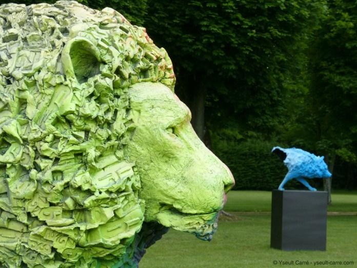 Le Lion et Le Loup d'Olivier Courty - ANIMAL - Exposition de sculpture animalière monumentale contemporaine à Briare - photo copyright Yseult Carré