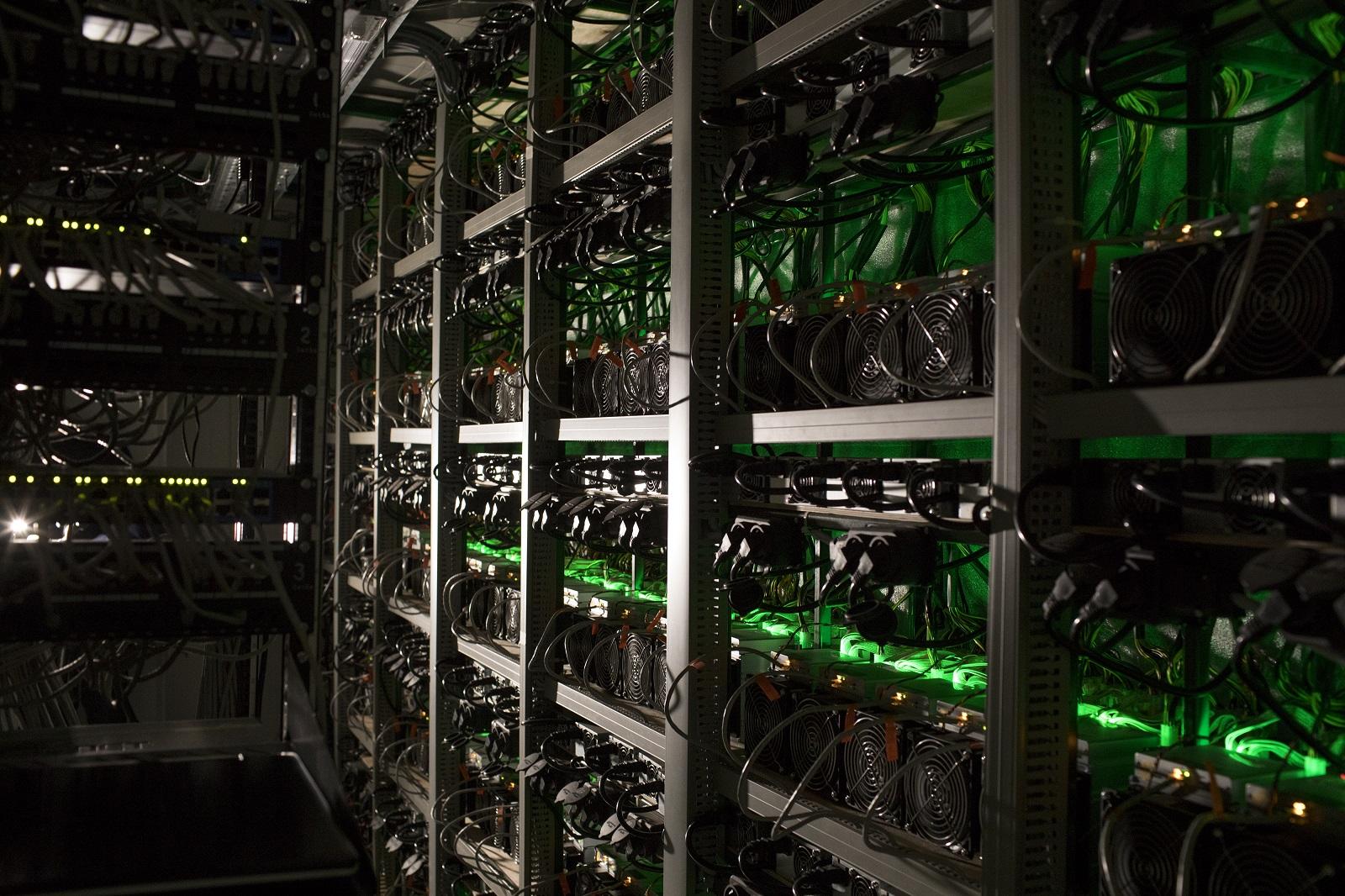 Produtores de bitcoins saem em busca de energia limpa