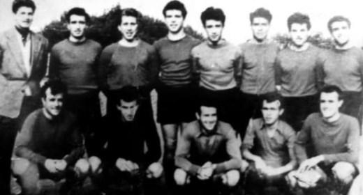 """Футболният отбор на Торпедо (Русе), участник в """"А"""" група през 1956 г."""