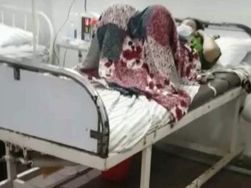 वाराणसी: अस्पतालों मे लूट... ICU बेड का चार्ज कर जनरल बेड पर इलाज, सीएमओ ने कही जांच की बात