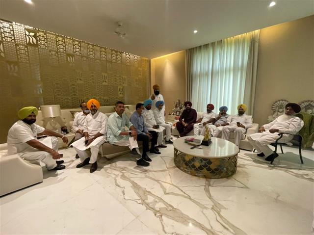 Navjot Sidhu to formally take over reins of Punjab congress on Friday
