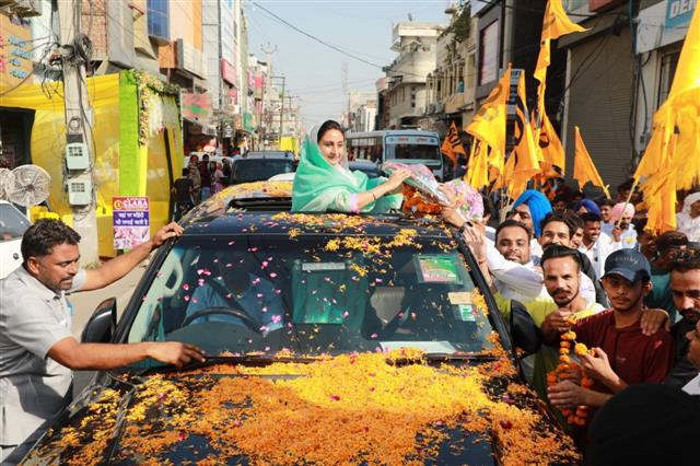 Harsimrat Badal's election meetings face protests in Moga