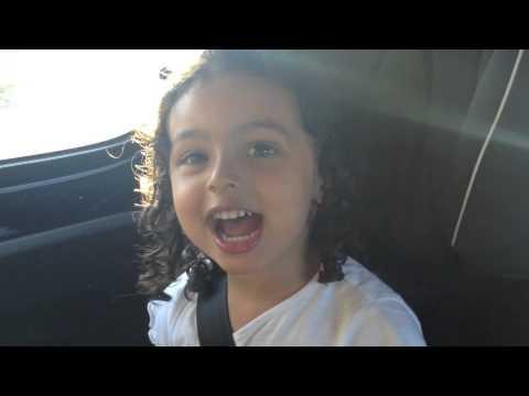 Menina de 3 anos canta 'Sporting, Tu Nunca Vais Acabar'