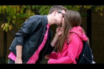 Como beijar muitas raparigas
