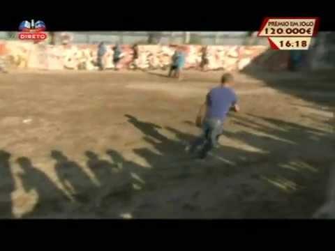 Humorista Fernando Rocha colhido por touro
