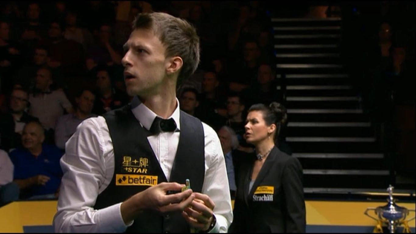 Jogo de Snooker interrompido por flatulência de espectador