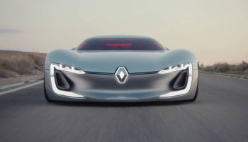 Trezor Renault deixa Paris rendido ao seu protótipo