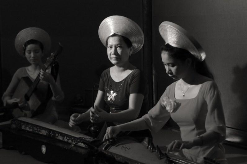 Traditional music, Saigon