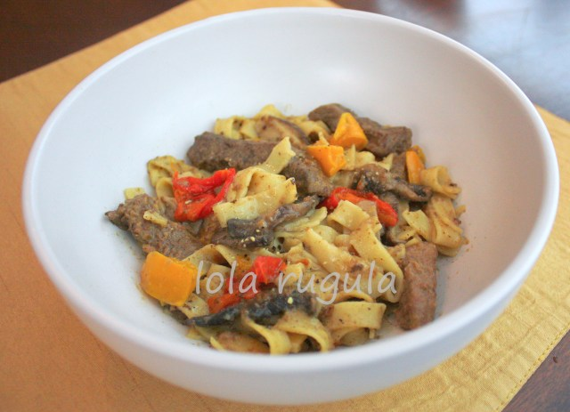 lola rugula round steak recipe with onions and peppers