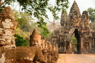 LOLEI TRAVEL – South Gate of Angkor Thom