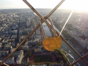 Vista do sommet com cadeado fofo (Paris tem dessas coisas...)