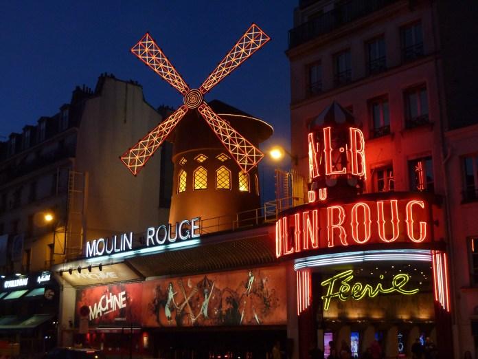 Basílica de Sacré Coeur - Perto do Moulin Rouge de Montmartre