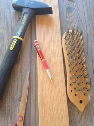 attrezzi per invecchiare il legno