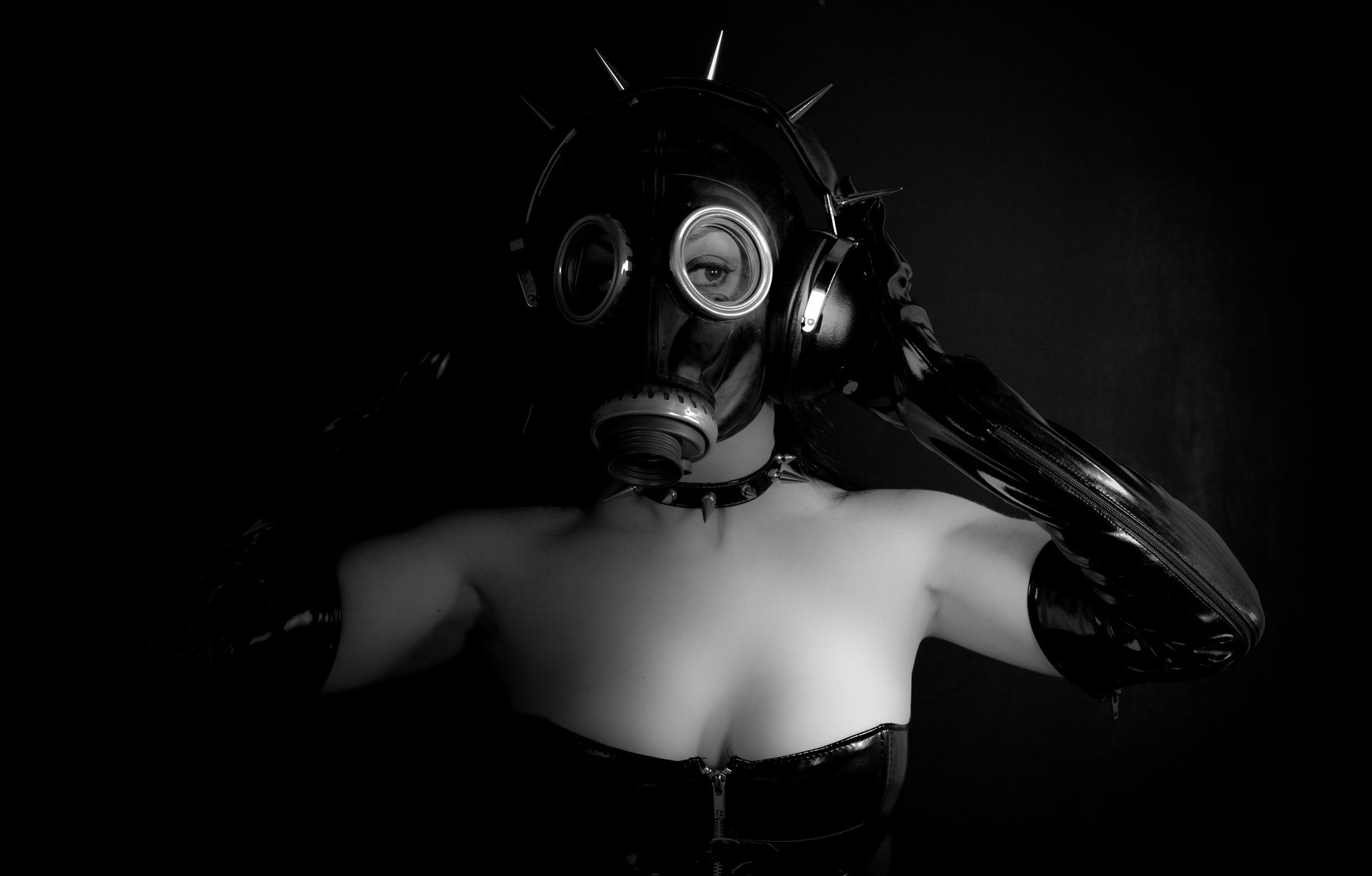 Gas mask Lolita
