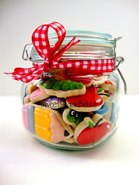 Sweet Sugar Belle teacher cookie gift  via LollyJane.com #teacherappreciation