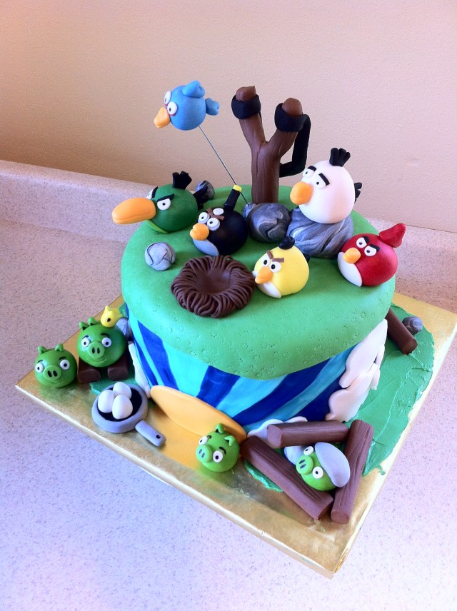 Angry Birds Birthday Cake Lolo S Cakes Amp Sweets